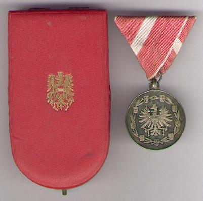 Medal of Merit to the Austrian Republic, silver (Medaille für Verdienste um die Republik Österreich, silber) in original fitted embossed case of issue by Anton Reitterer, Vienna