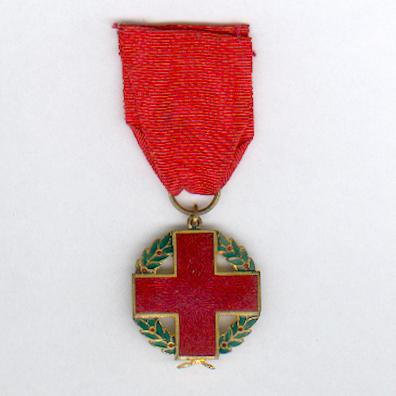 Decoration of the Chilean Red Cross (Condecoración de la Cruz Roja Chilena), 1925-1930