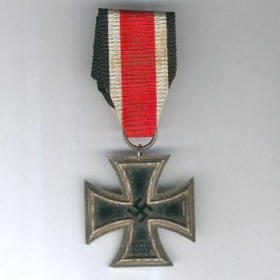 Iron Cross, II class, maker '18' (Eisernes Kreuz, II. Klasse, Hersteller '18'), 1939 issue