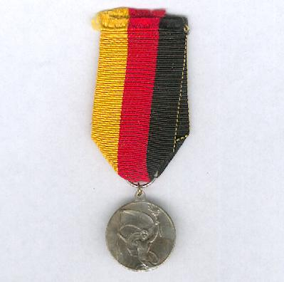 WEIMAR REPUBLIC.  Commemorative medal for the 10th anniversary of the Republic, 1928