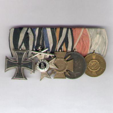 BAVARIA.  World War I Group of Five (BAYERN.  5er Ordenspange, Weltkrieg I.), court-mounted