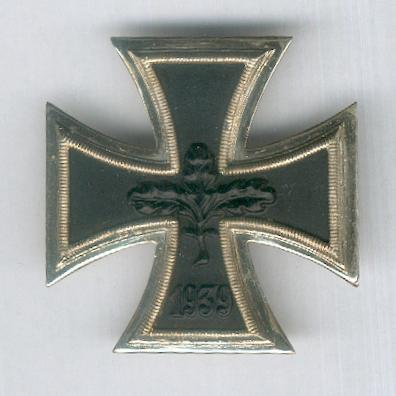 Iron Cross, 1939, 1st class, 1957 version (Eisernes Kreuz, 1939, 1. Klasse, 1957 Modell)