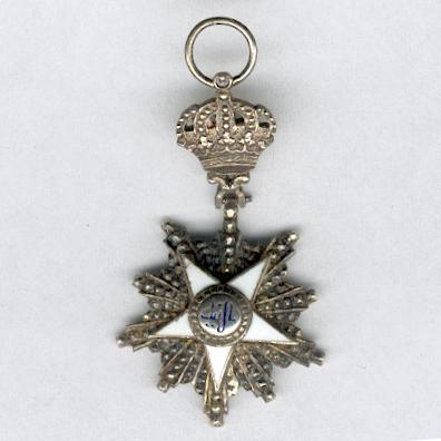 Order of the Nile (Nishan al-Nil), officer, with miniature, in original fitted case of issue by J. Lattes, Cairo