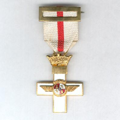 Cross of Aeronautical Merit, Cross with White Distinction (Cruz del M�rito Aeron�utico, Cruz con Distintivo Blanco), 1949-1975 issue