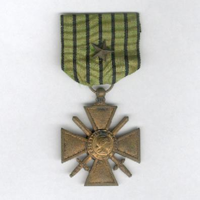War Cross (Croix de Guerre) 1939-1940 (Vichy issue) with star citation on the ribbon