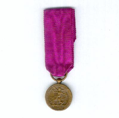 Medal of the French Renaissance for Civic Merit (Médaille du Mérite Civique de la Renaissance Française), miniature