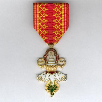 LAOS.  Order of the Million Elephants and White Parasol, knight (Ordre du Million d'Éléphants et du Parasol Blanc, chevalier)