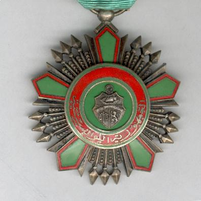Order of the Republic, officer, type II, in original case of issue by Arthus Bertrand of Paris