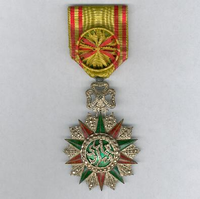 TUNIS.  Order of Nichan Iftikhar, officer, Muhammad IV al-Hadi issue (1902-06)