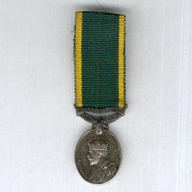 Efficiency Medal, George V issue 1930-1936 with 'India' clasp, miniature