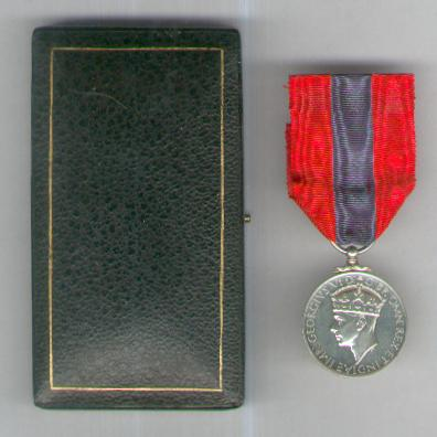 Imperial Service Medal, George VI, 1938-1948 issue, in original fitted case, attributed