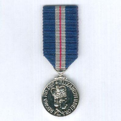Queen's Gallantry Medal, miniature