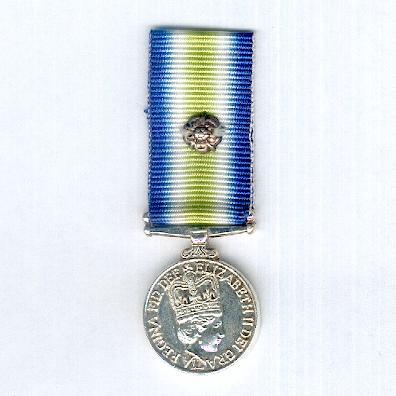 South Atlantic Medal 1982, with rosette, miniature