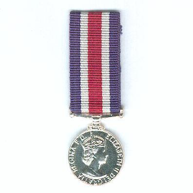 Queen's Medal for Champion Shots of the Royal Navy and Royal Marines, miniature