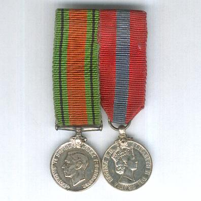 World War II and Later Miniature Pair: Defence Medal 1939-1945 and Imperial Service Medal, Elizabeth II 1955 onwards issue, bar-mounted for wear