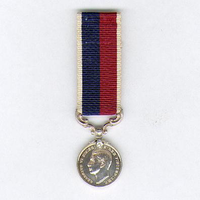 Royal Air Force Long Service and Good Conduct Medal, George VI, 1st type, 1937-1948 issue, miniature