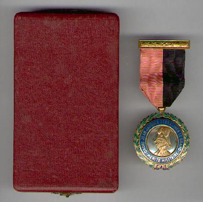 Order of Jean Jacques Dessalines for Military Merit in original case of issue (Ordre de Jean Jacques Dessalines pour Mérite Militaire dans son écrin d'origine) by Vilardebo y Riera of Havana