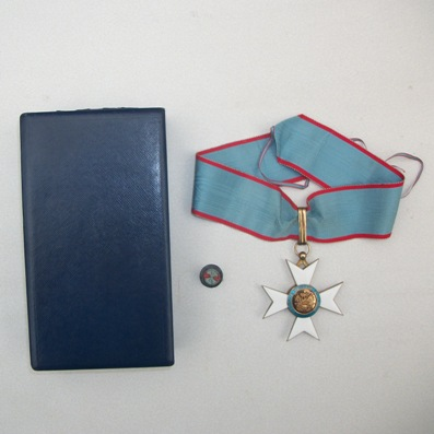 National Order of Honour and Merit, commander (Ordre National de l'Honneur et du Mérite, commandeur) with buttonhole rosette, in case of issue by Arthus Bertrand, Paris