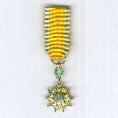 Order of the Crown of Iran (Nishan-i-Taj-i-Iran), V class, miniature