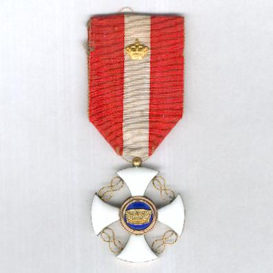 Order of the Crown of Italy, knight (Ordine della Corono d'Italia, cavaliere) with gold crown device on the ribbon