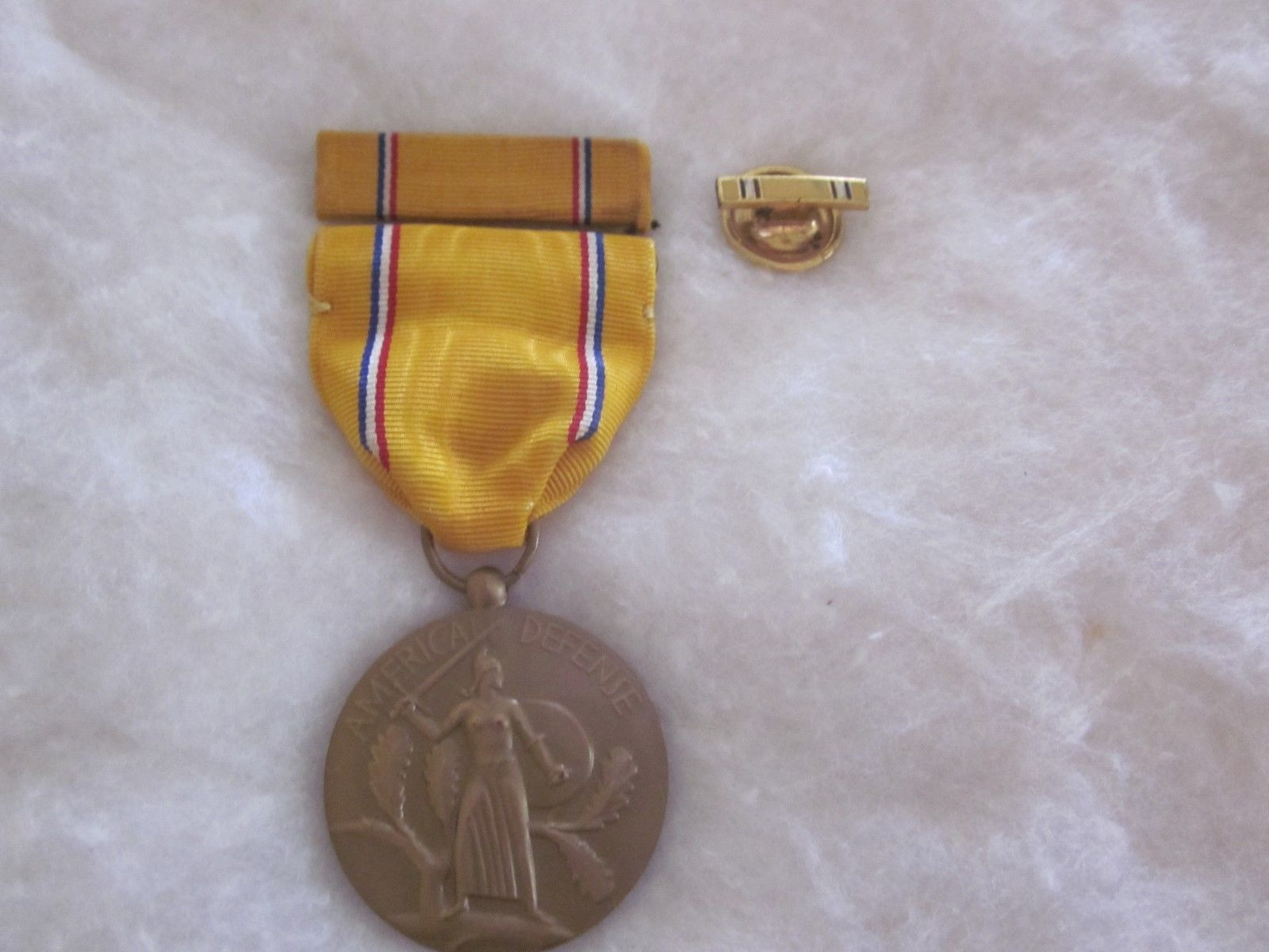 American Defense Service Medal, 1939-1941 with ribbon bar and lapel pin