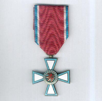 Order of Merit of the Grand Duchy of Luxembourg, Knight (Ordre de Mérite du Grand-Duché de Luxembourg, chevalier)
