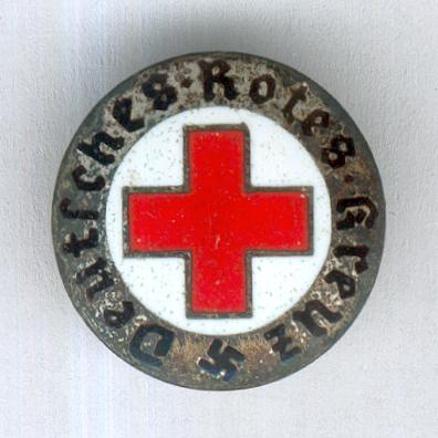 German Red Cross Badge (Deutsches Rotes Kreuz Abzeichen), 1933-1945