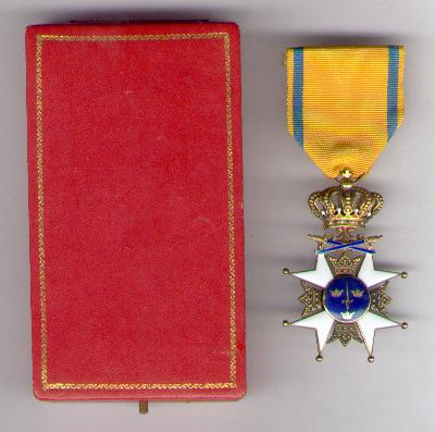 Royal Order of the Sword (Kungliga Svärdsorden), knight I class by C. F. Carlman, Swedish crown jewellers of Stockholm, in case of issue