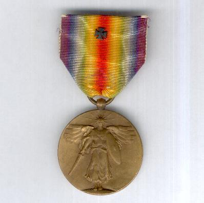 Inter-Allied Victory Medal, United States of America official issue, 1917-1918 with bronze Maltese cross for Marines and Navy Medical staff who served in France on the ribbon