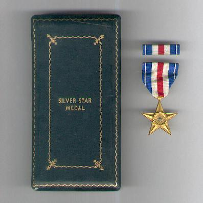 Silver Star Medal with ribbon bar in World War II vintage case of issue