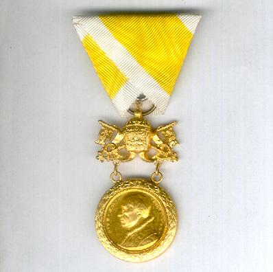 Bene Merenti Medal, Pope Pius XII issue, 1939-1958