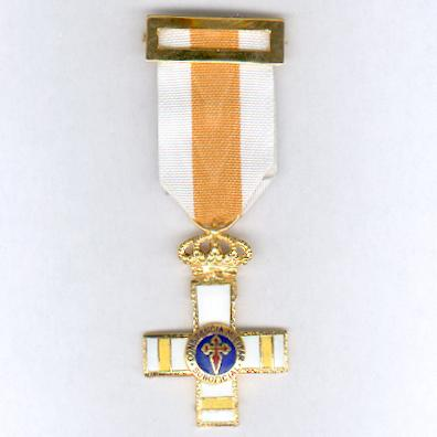 Cross for Military Constancy, Non-Commissioned Officers, Pensioner's Cross (Cruz a la Constancia Militar, Suboficiales, Cruz Pensionada), since 1975 issue