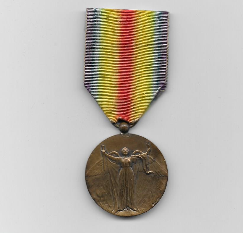 Inter-Allied Victory Medal, French rare unofficial issue type 1 by Charles (Médaille Inter-Alliée de la Victoire par Charles) 1914-1918, Etablissements Adrien Chobillon, Paris