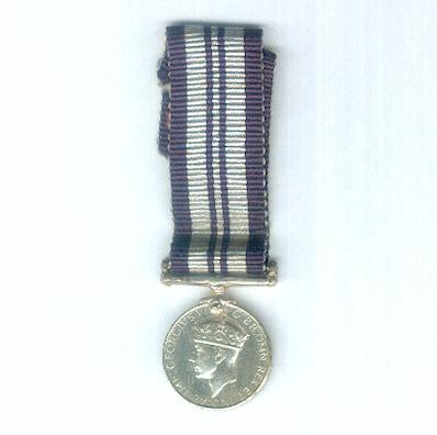 India Service Medal, 1939-1945, miniature