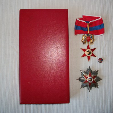 Equestrian Order of the Star of Peace (Ordre Équestre de l'Étoile de la Paix), knight commander set of insignia, in case of issue by Stefano Johnson of Milan and Rome