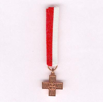 Order of the Portuguese Red Cross (Ordem da Cruz Vermelha), copper award for devotion, miniature